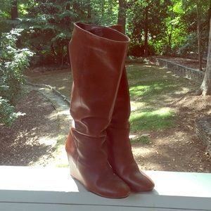 High Heel Camel-colored Wedge Boots